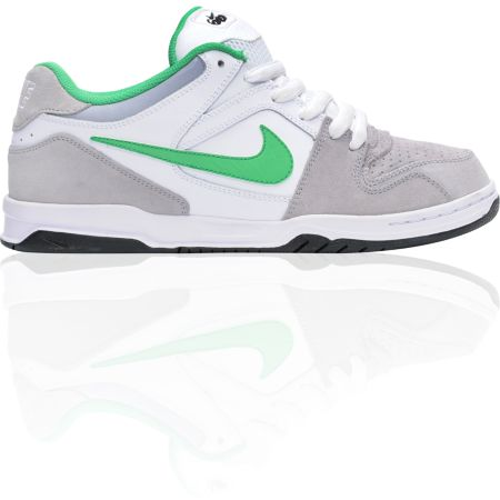 Nike 6.0 Oncore Grey, White, & Green Shoe