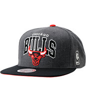 NBA Mitchell and Ness Chicago Bulls Charcoal Snapback Hat