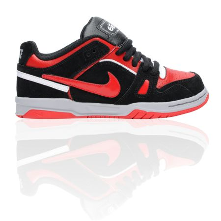 Nike 6.0 Boys Oncore 2 Black, Red, & White Skate Shoe