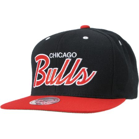NBA Mitchell and Ness Chicago Bulls Script Snapback Hat