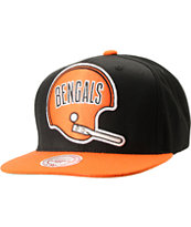 NFL Mitchell and Ness Bengals Throwback XL 2Tone Black Snapback Hat