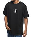 10 Deep Split Black & White T-Shirt