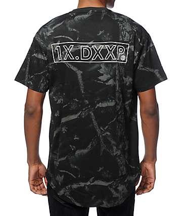 10 Deep Dotted Scoop Bottom T-Shirt