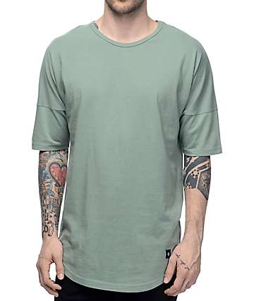 Akomplice VSOP Moan Elongated Sleeve Sage T-Shirt