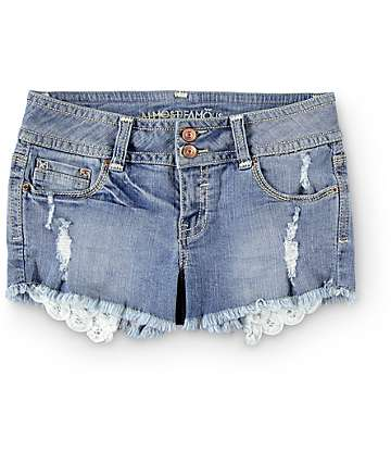 Almost Famous Kate Medium Wash Crochet Shorts
