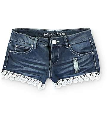 Almost Famous Nolie Medium Wash Crochet Trim Denim Shorts