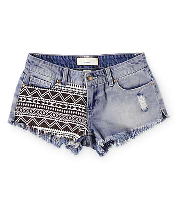 Angel Kiss Tribal Piecing Light Wash Denim Shorts