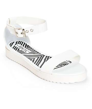 Antic White Flatform Sandals