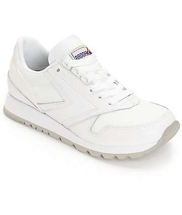 Brooks Chariot All White Women's Shoes