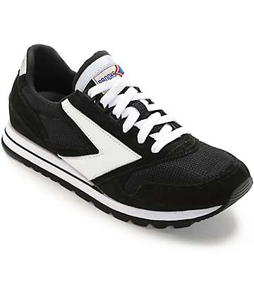 Brooks Chariot Jet Black & White Shoes
