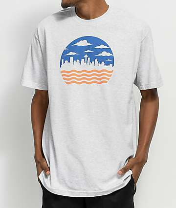 Casual Industrees Seattle Cloudy Wavy Skyline Ash Grey T-Shirt