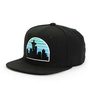 Casual Industrees Seattle Skyline Faded Snapback Hat