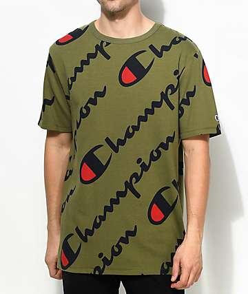 Champion Heritage All Over Script camiseta en verde olivo