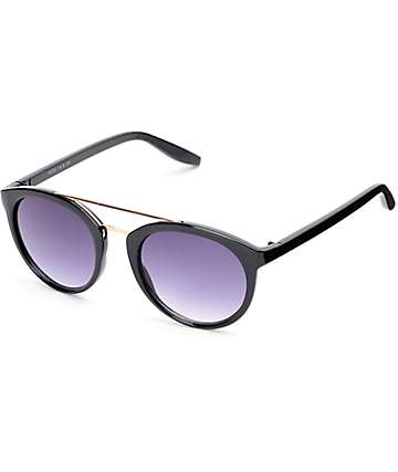 Country Club Classic T Bar Black & Gold Sunglasses