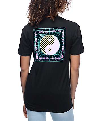 DROPOUT CLUB INTL. Tune In Black T-Shirt