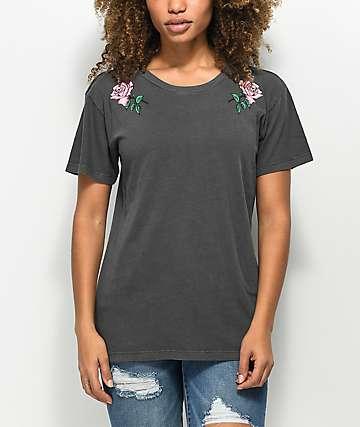 Desert Dreamers Rose Colored Black T-Shirt