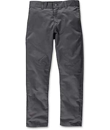 Dickies 67 pantalones de tela asargada carbón de ajuste cónico