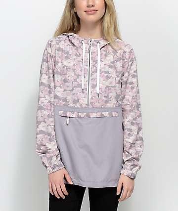 Empyre Aveline chaqueta contravientos floral y camuflada
