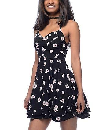 Empyre Bellamy vestido en negro floral
