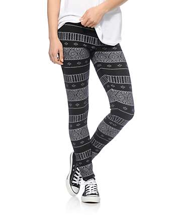Empyre Black & White Tribal Sweater Leggings