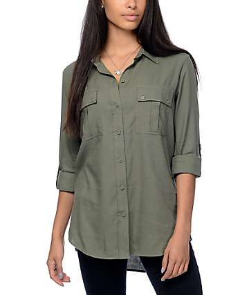 Empyre Corazon Solid Green Button Up Shirt