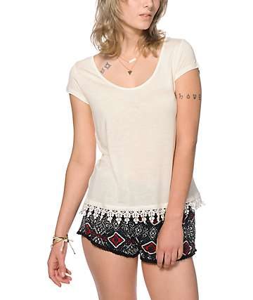 Empyre Davis Crochet Trim Cream T-Shirt