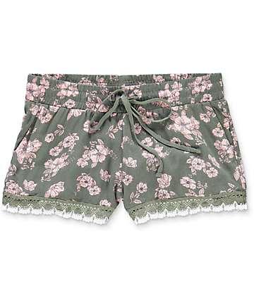 Empyre Kassa shorts floral con bordes tejidos en verde olivo