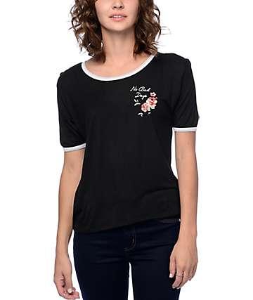 Empyre Knoxville Queen Rose camiseta ringer negra