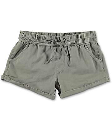 Empyre Laurel shorts asargados arrollados en color olivo