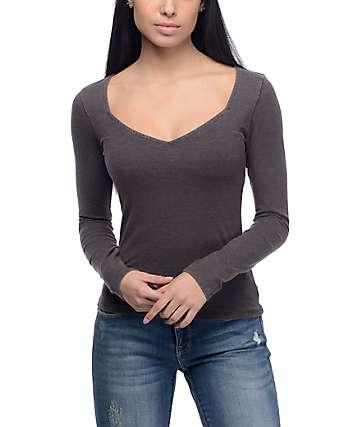 Empyre Margit camiseta de manga larga con cuello cuadrado en color carbón