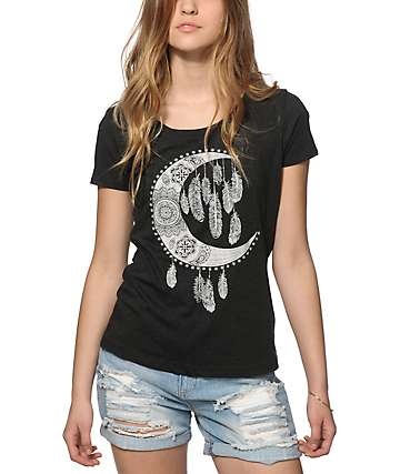 Empyre Moon Feathers T-Shirt