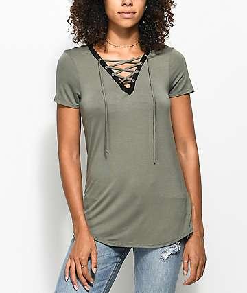 Empyre Page camiseta en verde olivo con cordones