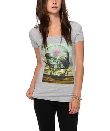 Empyre Scenic Skull T-Shirt