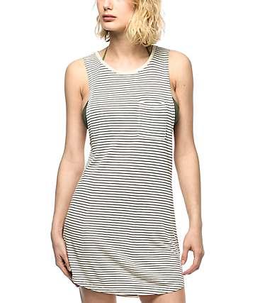 Empyre Tatiana vestido de playa a rayas en blanco y negro