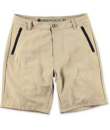 Free World Maverick shorts híbridos en caqui oscuro