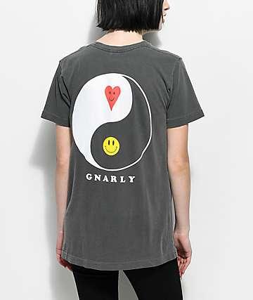 Gnarly Proddi Yang camiseta negra
