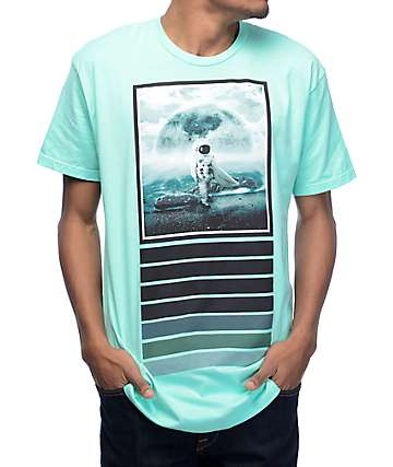 Imaginary Foundation Moon Surfer camiseta en color verde pastel