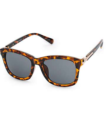 Josie Tortoise Oversized Classic Sunglasses