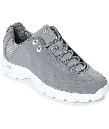 K-Swiss ST329 zapatos en blanco y gris