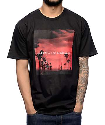 La Familia Red West Black T-Shirt