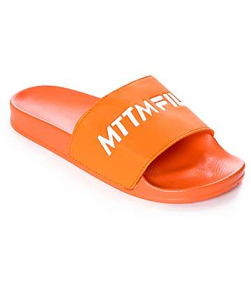 Married To The Mob x FILA Logo sandalias en color naranja