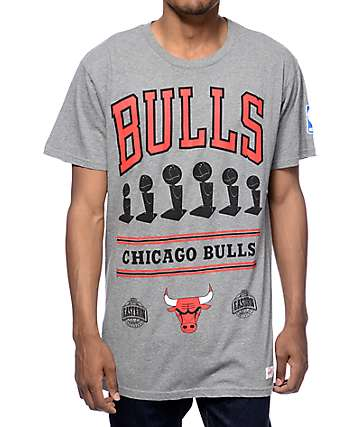 Mitchell & Ness Chicago Bulls Title Holder Heather Grey T-Shirt