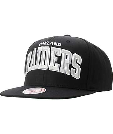 NFL Mitchell and Ness Oakland Black Black Snapback Hat