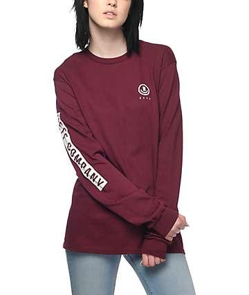 Neff Lockup camiseta de manga larga en color vino