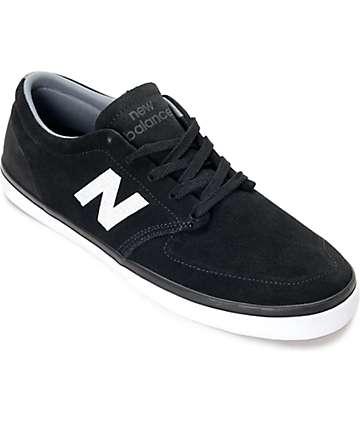 New Balance 345 zapatos de ante en blanco y negro