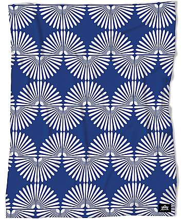 Night Shift Elite Blue 50 x 60 Throw Blanket