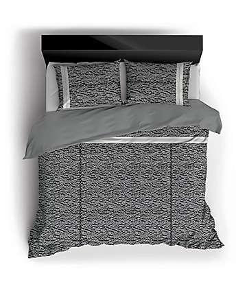 Night Shift Famous Queen Comforter Set