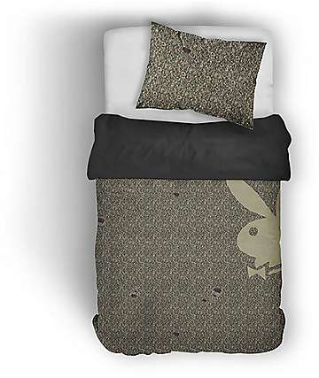 Night Shift X Playboy Ripped Camo Knit Twin juego de edredón