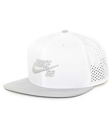 Nike SB Performance White Trucker T-Shirt