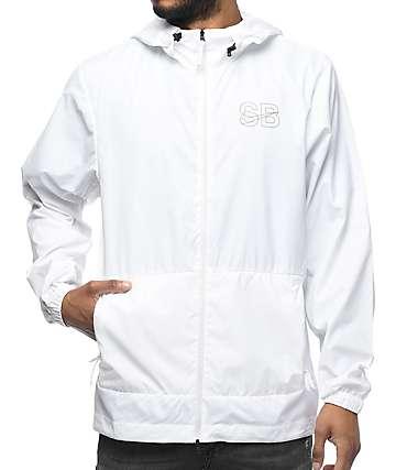 Nike SB Steele chaqueta cortavientos empacable en blanco